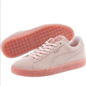 Pink puma suede sneakers